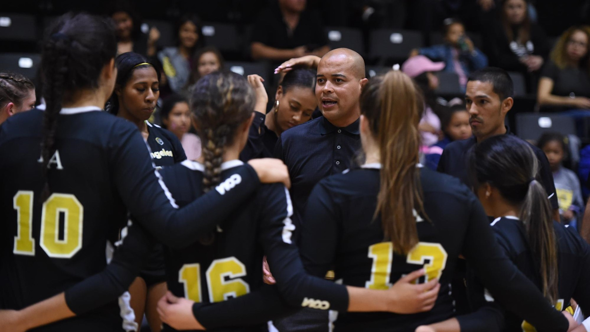 Golden Eagles To Host Volleyball Summer Camp Cal State La Athletics